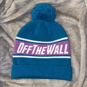 Off the wall vans beanie